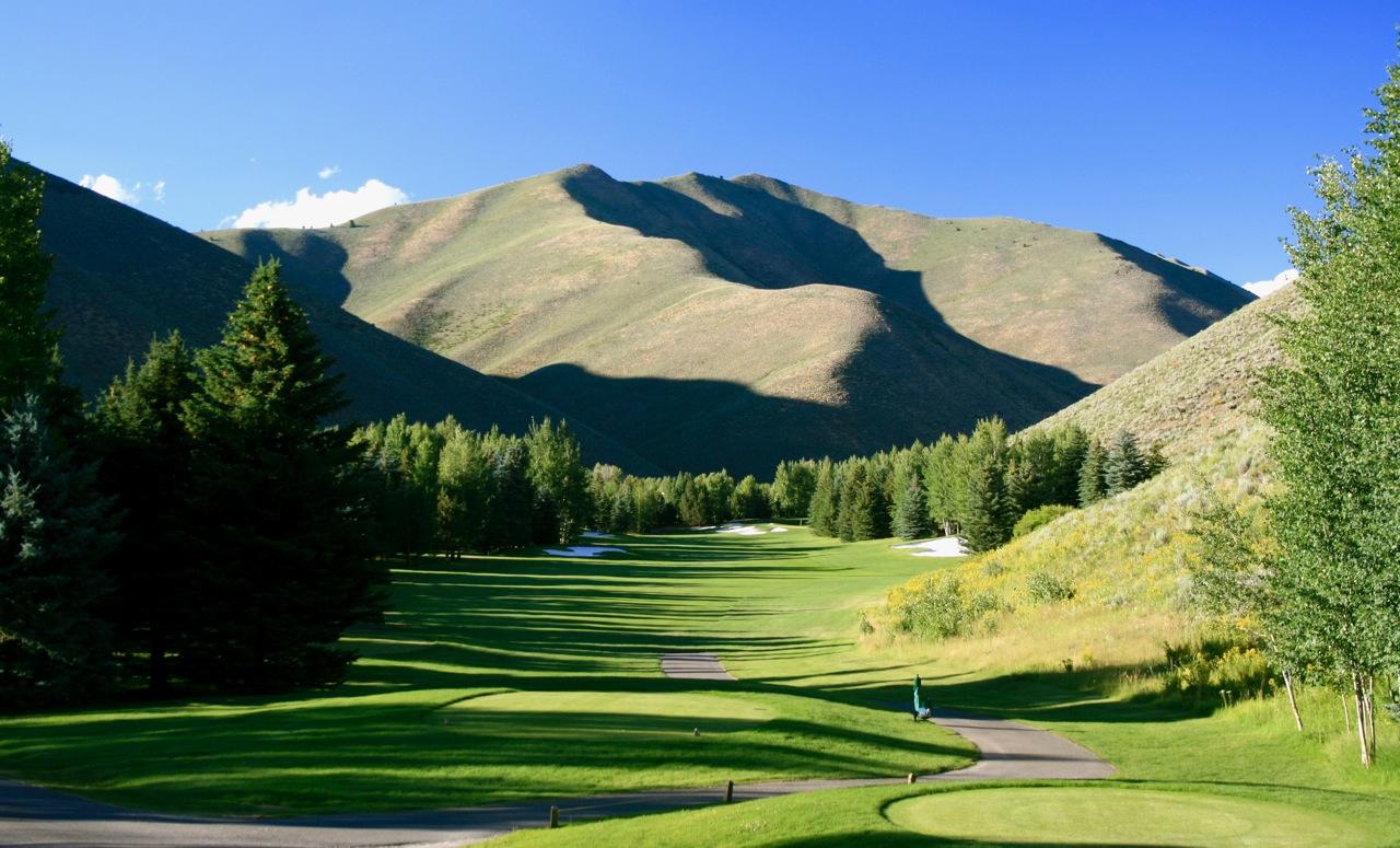 24 Hours In Sun Valley Idaho Bikes Golf And Garth Brooks