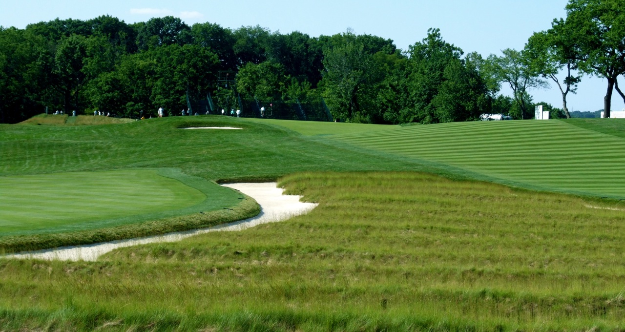 oakmont women Oakmont golf course offers best the story of oakmont country club is in it is a story of the grit and determination of generations of men and women who made.
